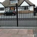 Peston Rd Bayliff Gate 2